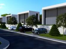 Nové vily na Makarské