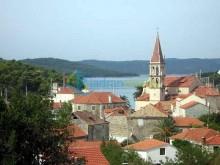 Stavební pozemek na prodej - ostrov Brač