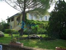 Dům s apartmány v Casale Marittimo