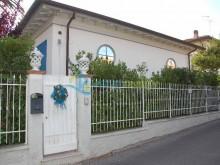 Vila v San Vincenzo