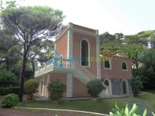 Vila v Quercianella Sonnino