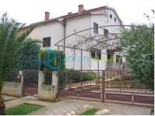 Dům v Medulinu