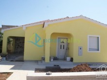 Dům v Viru