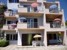 Dům s apartmány v Duče u Omiše