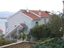 Dům s apartmány na Čiovu