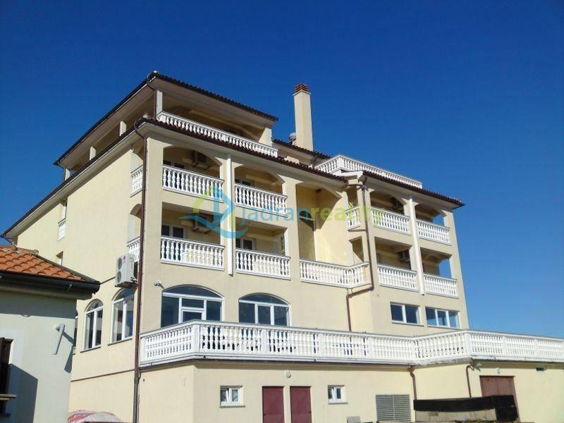 Hotel v Ližnjanu na Istrii na prodej