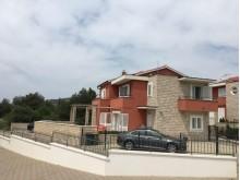 Moderní dům v Tribunj
