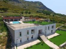 Luxusní vila v Podstraně