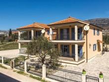 Vila u Splitu, Kaštel Kambelovac