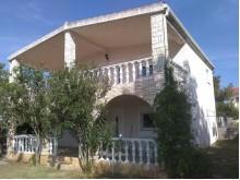 Dům s apartmány na Viru